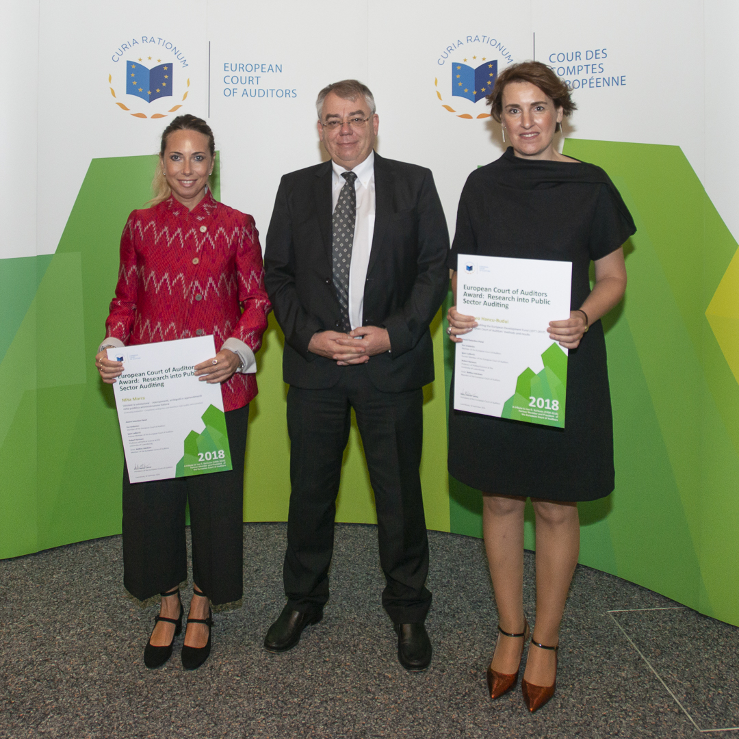 2018 ECA Award 'Jan O. Karlsson Award Ceremony - Andreea Hancu-Budui, 2018 ECA Award Winner; Klaus-Heiner Lehne, President of the European Court of Auditors; Mita Marra, 2018 ECA Award Winner