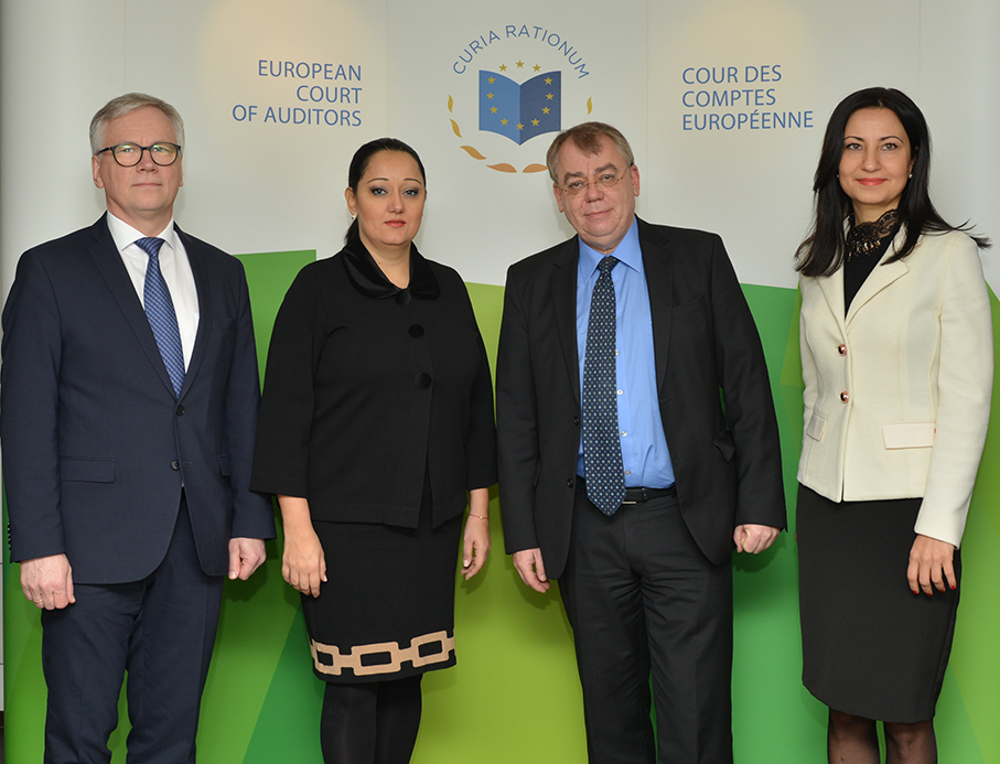 Liliyana Pavlova, Minister for the Bulgarian Presidency, visits EU Auditors