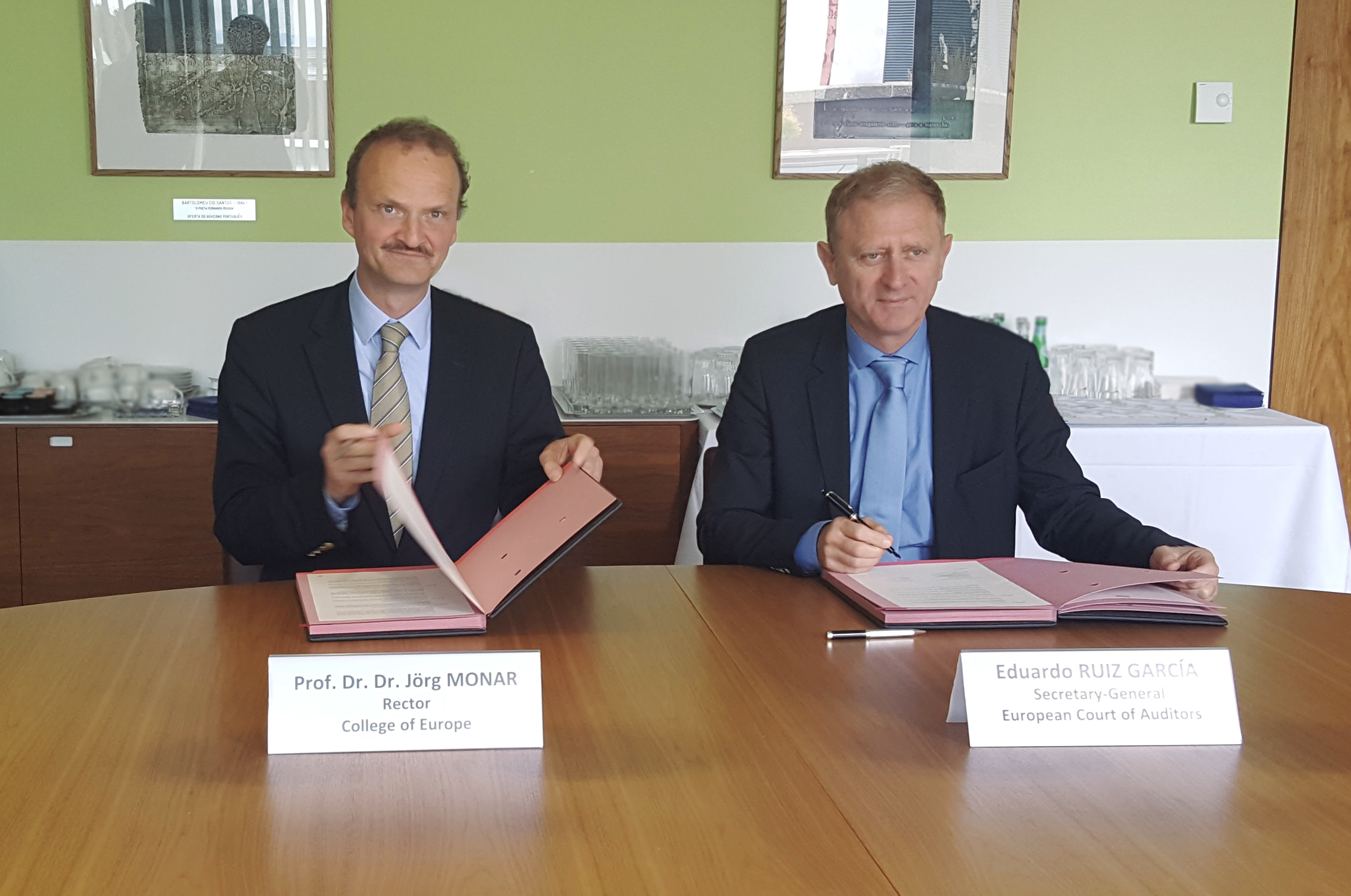 The ECA has signed a partnership agreement with the College of Europe